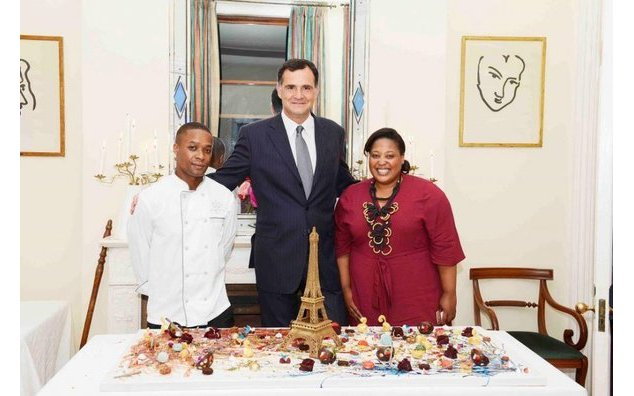 Ambassador Christophe Farnaud with guests of honour Zola Nene and Wandile Mabaso (Credit: Nocebo Bucibo)