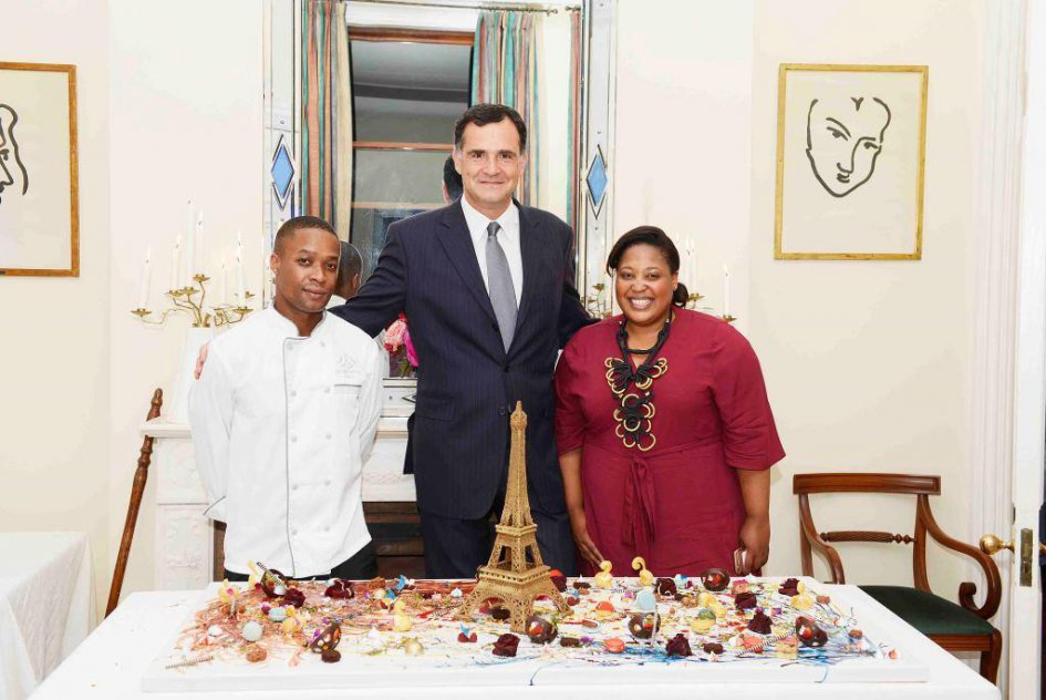 Ambassador Christophe Farnaud with guests of honour Zola Nene and Wandile Mabaso (Credit: Nocebo Bucibo) - JPEG